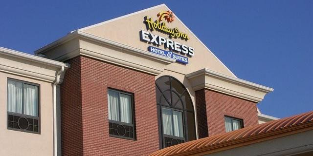 Holiday Inn Express - by Cloud Ceramics